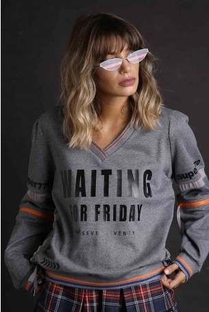 Gray Long Sleeves Pullover Top WAITING