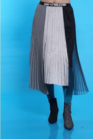 Black Grey Pleated Skirt STORY