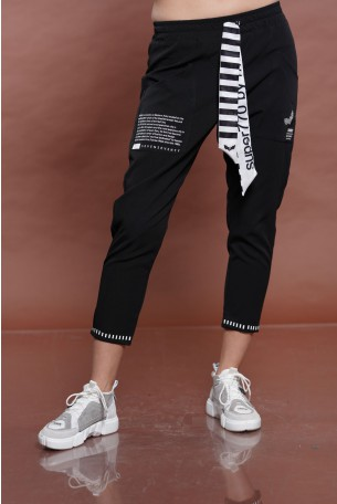Black Pants SEVEN