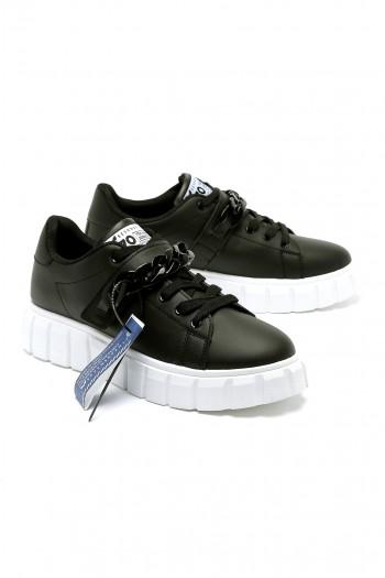 Black Designed Chain Sneackers 770