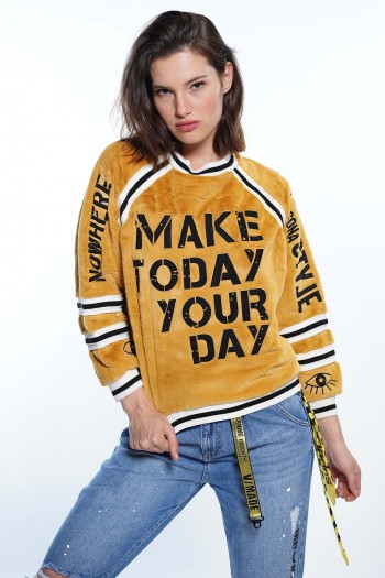 Mustard Sweater YOUR DAY